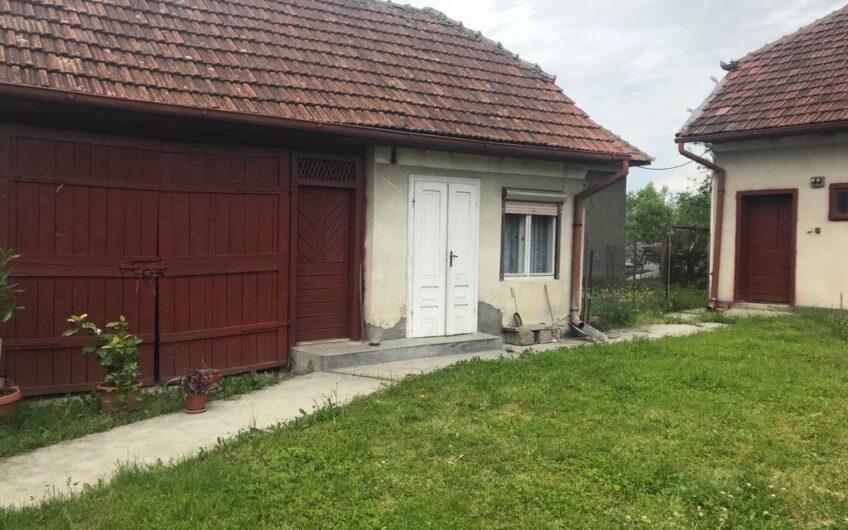 Casa la 17 km de Baia Mare! Maramures